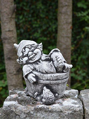 Lustiger kleiner Gnom IV Troll Wichtel Fantasiefigur aus Steinguss frostfest