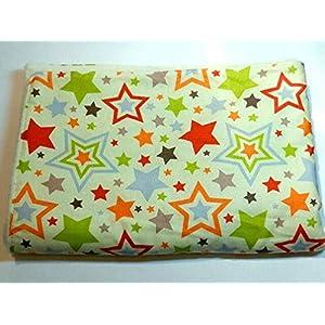 Babydecke - BUNTE STERNE AUF BEIGE - 100 x 70 cm - Baumwolle & Fleece - personalisierbar - Kuscheldecke/Krabbel-Decke für Bett oder Kinderwagen - Geschenk Geburt Taufe Weihnachten Geburtstag