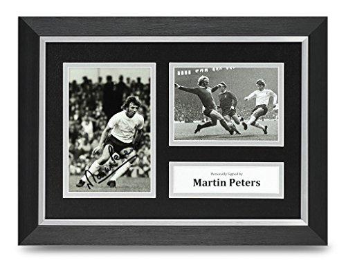 Martin-Peters-Signed-A4-Photo-Framed-Tottenham-Memorabilia-Autograph-Display
