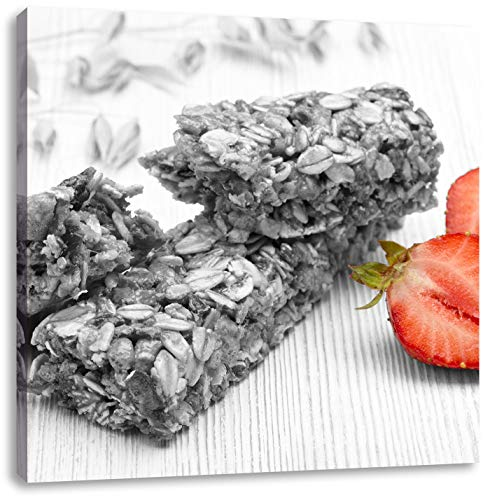 Bio Müsliriegel mit Erdbeere schwarz/weiß, Format: 40x40 auf Leinwand, XXL riesige Bilder fertig gerahmt mit Keilrahmen, Kunstdruck auf Wandbild mit Rahmen, günstiger als Gemälde oder Ölbild, kein Poster oder Plakat