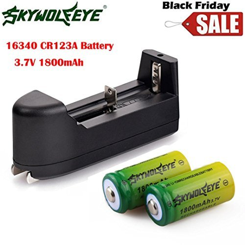 Sandistore 2x 1800mAh Green 3.7v Li-ion 16340 CR123A Rechargeable Battery+ Smart Charger