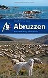 Abruzzen & Molise: Reisehandbuch mit vielen praktischen Tipps.