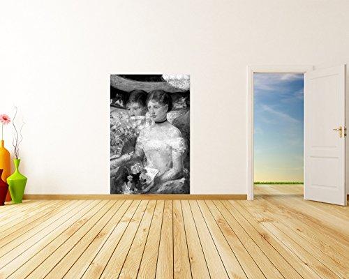 Vlies Fototapete Mary Cassatt - Alte Meister - Die Loge - schwarz weiss - 60x90 cm - inklusive Kleister - Tapetenkleister – Bild auf Tapete – Bildtapete – Foto auf Tapeten – Wand – Wandtapete – Vliestapete – Wanddeko - Design