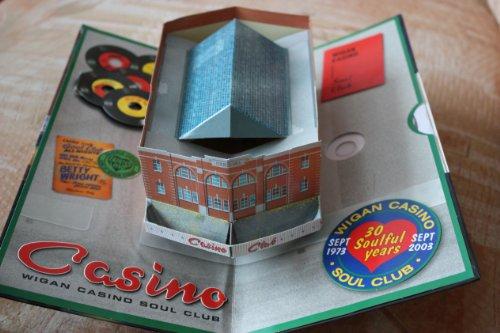 wigan-casino-soul-club-30-years-of-northern-soul-memories-1973-2003