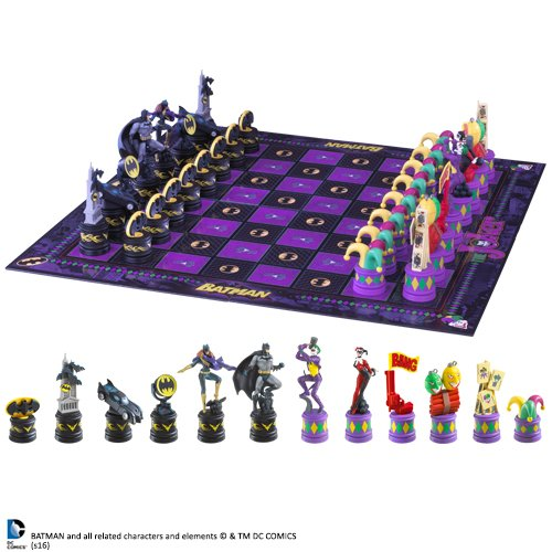 Noble Collection Batman Chess ()