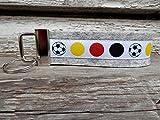 Schlüsselanhänger Schlüsselband Wollfilz hellgrau Fußball gelb rot schwarz!