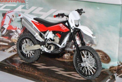 Husqvarna TE 449 2011 Rot Enduro 1/12 Modellcarsonline Modell Motorrad mit individiuellem Wunschkennzeichen -