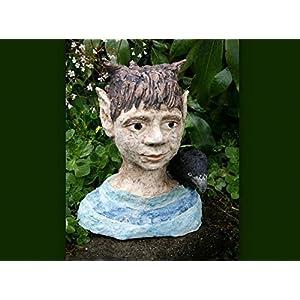 Keramik Büste Elfe mit Rabe - Gartenfigur