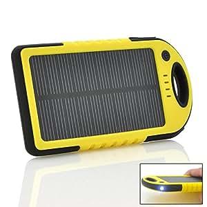 Chargeur à énergie solaire robuste - Batterie Lithium 5000mAh / Double sortie USB / Etanche à la poussière / Antichoc / Lampe de poche