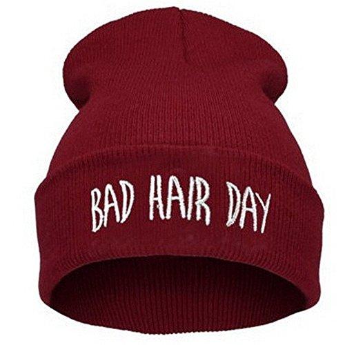 """Beanie Mütze """"Bad Hair Day"""" Strickmütze Wintermütze Wollmütze mit Einstickung Hip-Hop Mütze bestickt Mütze (Weinrot) - Hip Hop Damen"""
