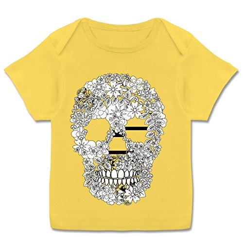 Bunt gemischt Baby - Totenkopf Blumen Skull Flowers - 80-86 (18 Monate) - Gelb - E110B - Kurzarm Baby-Shirt für Jungen und Mädchen -