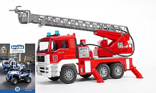 Bruder 02771 MAN Feuerwehr mit Drehleiter, Wasserpumpe und Light and Sound Modul + Poster