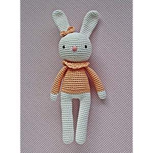 Häkeltier Häkelhase Hasenmädchen Maja Farbe: weiß/pfirsich aus Baumwolle Handarbeit