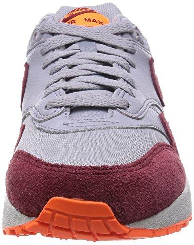 Nike Wmns Air Max 1 Essential, Chaussures de Course Homme Gris, bordeaux et orange fluo