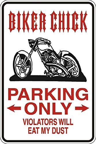 YASMINE HANCOCK Biker Chick Parking Only Metal Flaque Tin Sign Foster Metall Plaque Zinn Logo Poster Wand Kunst Cafe Club Bar Wohnkultur -