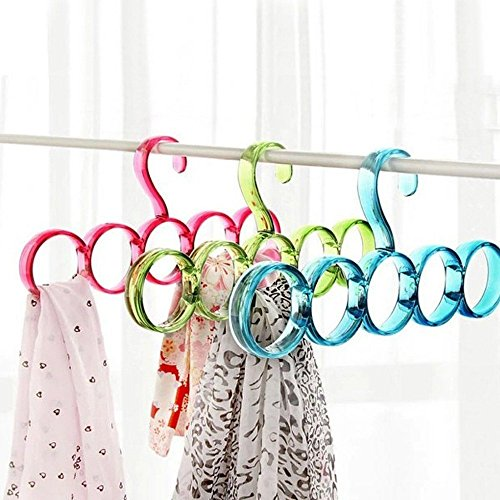 VASTRA Single Piece 5-Circle Plastic Ring Hanger for Scarf, Shawl, Tie, Belt, Closet Accessory Wardrobe Organizer (Assorted Colors)