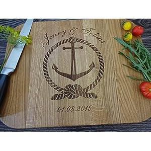 Schneidebrett Handgefertigt mit Anker. Frühstücksbrettchen. Brettchen aus Holz. Holzbrettchen für Paare mit Namen, Initialen und Datum. Personalized cutting board