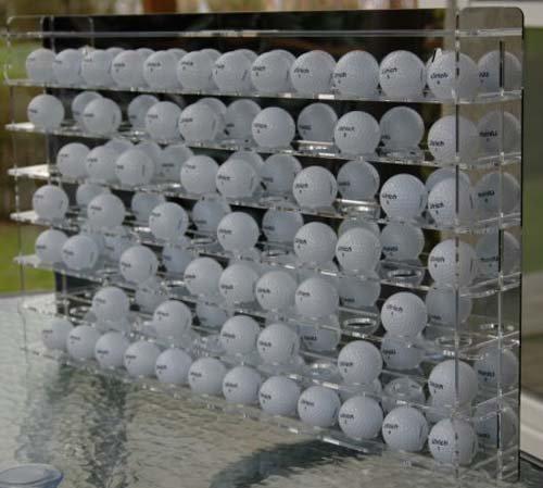 Golfballvitrine für 84 Bälle, mit Spiegelrückwand - Golf-ball Vitrine