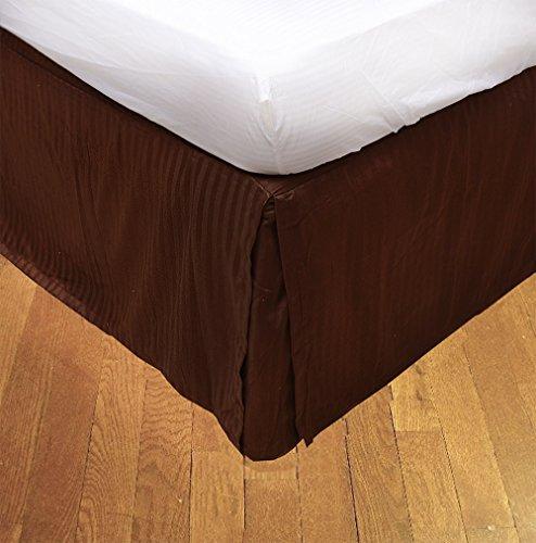 BudgetLinen Box Plissee Bed Rock (Valance Sheet)(Schokolade Steifen,UK König size150 x 200 cm (5 ft x 6ft 6in), Drop Length 30cm) 100% ägyptischer Baumwolle Premium Qualität 600 Thread Count - 5' Schokolade