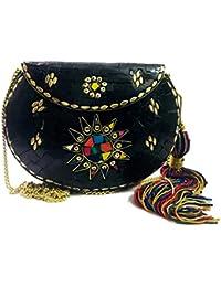 d9c6d5b20 Gannu Bolso de color negro Delhi, Clutch étnico, Bolsos de hombro para  mujer a