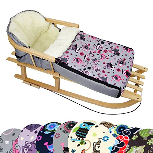 BambiniWelt Kombi-Angebot Holz-Schlitten mit Rückenlehne & Zugseil + universaler Winterfußsack (108cm), auch geeignet für Babyschale, Kinderwagen, Buggy, aus Wolle im Eulendesign (Eule $ 12)