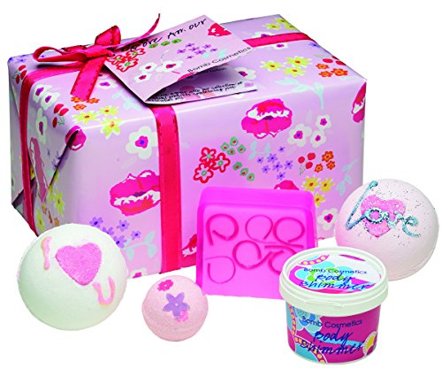 BOMB COSMETICS Coffret Cadeau More Amour