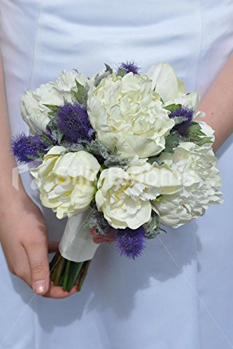 Elfenbeinfarben Pfingstrose und Violett Sea Holly Distel Bridesmaid Wedding Bouquet (Rustikale Bouquet)