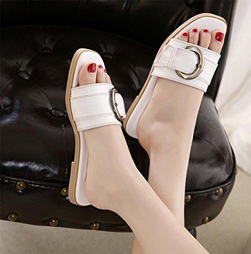 Gürtelschnalle flache Hausschuhe Xia Jiping Frau mit weiblichen Sandalen und Pantoffeln Wort Drag Waichuan weiblich White