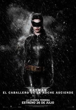 The Dark Knight Rises - Catwoman - Chilean Movie Wall Poster Print - 43cm x 61cm / 17 Inches x 24 Inches A2 Batman (Knight Catwoman, The Auf Rises Die Dark)