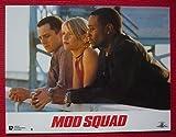 Série publicitaire complète de 12 photos couleurs d'exploitation de salle de cinéma (21 cm x 28 cm) de Mod Squad (1999), film réalisé par Scott Silver avec Josh Brolin, Dennis Farina. – Le jeu compre