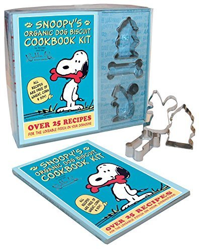 Snoopy's Organic Dog Biscuit Kit: Over 25 Recipes for the Loveable Pooch on Your Doghouse by Snoopy, Snoopy (2012) Paperback