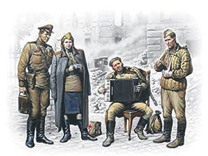 ICM 35541  - Mayo de 1945, Cuatro Figuras Soviética