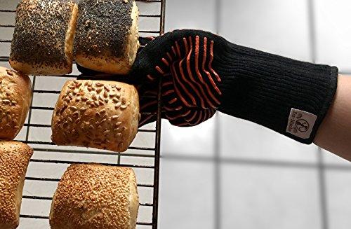 51xEHryX2gL - Premium Grillhandschuhe / 2er Set / Bis 500°C Hitzebeständig / EN407 Zertifizierte Ofenhandschuhe Aus Kevlar-Nomex Gewebe / Extra Lang Zum Grillen, Kochen & Backen / Ess-Nische Backhandschuhe