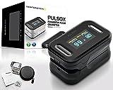 Pulsox - Fingerpuls Oximeter mit Farbanzeiger und Alarm, Hülle, Batterien, Umhänger, 5-sprachige Anleitung - 2 Jahre Garantie - CE Sicherheits-Zertifikate - SCHWARZ