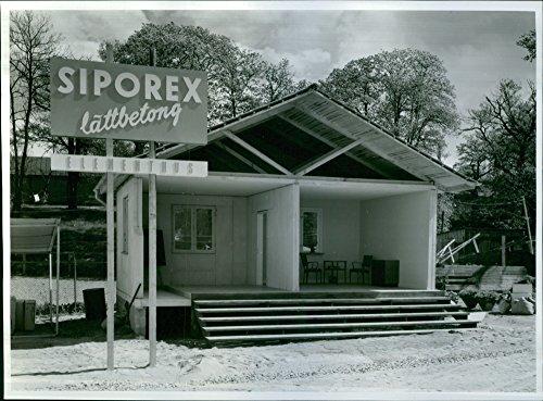 vintage-photo-of-the-exhibition-build-better-st-erik-fair