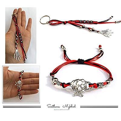 1 Porte clé FUCK personnalisable avec prénom ou message + 1 Bracelet PIRATE DE CARAÏBE Perles tibétaines, cordon satin