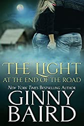 The Light at the End of the Road (Romantic Ghost Stories Book 2) (English Edition)