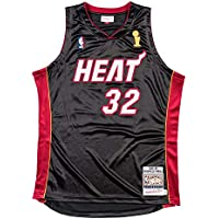 4d72d21d2 Amazon.co.uk  Mitchell   Ness - Clothing   Basketball  Sports   Outdoors