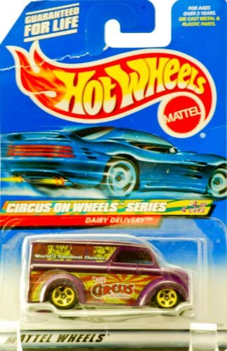 2000 - Mattel - Hot Wheels - Circus on Wheels Series - 4 of 4 - Dairy Delivery (Purple) World's Smallest Circus Clowns Graphics - Gold Wheels - New - Out of Production - Collectible | Des Matériaux Supérieurs