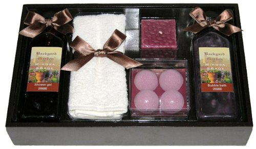 Raphael Rosalee Cosmetics Geschenkset Backyard Garden Nr. 5, Mimose & Salbei (5-teilig)
