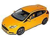 Minichamps Ford Focus ST 5 Türer Orange 3. Generation Ab 2010 1/18 Modell Auto mit individiuellem Wunschkennzeichen