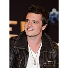 Josh Hutcherson Poster On Silk <35cm x 48cm, 14inch x 19inch> - Cartel de Seda - 3FA552