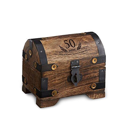 Casa Vivente Kleine Schatztruhe zum 50. Geburtstag – Schmuckkästchen mit Gravur – Aufbewahrungsbox aus dunklem Holz – Verpackung für Gutscheine – Geburtstagsgeschenk für Männer und Frauen