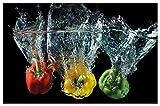 Wallario Herdabdeckplatte/Spritzschutz aus Glas, 1-teilig, 80x52cm, für Ceran- und Induktionsherde, Motiv Paprika-Mix - Frische Paprika in rot, gelb und grün im Wasser
