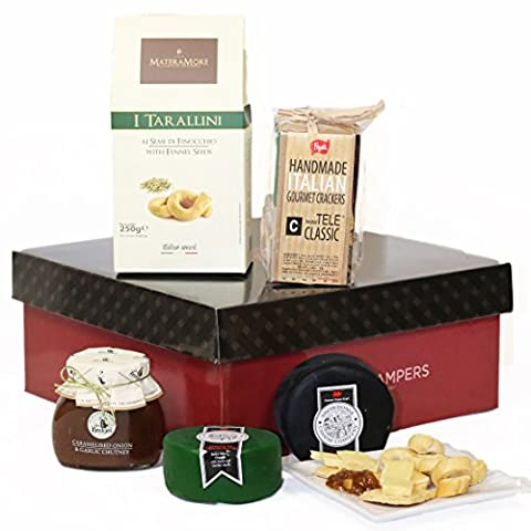 Cheese Truckles, Crackers & Chutney Gift Set - FREE UK Delivery