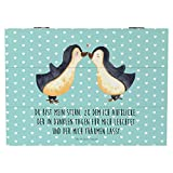 Mr. & Mrs. Panda 25x18cm Holzkiste Pinguin Liebe - Pinguin, Pinguine, Pinguin Paar, Pinguinpaar, Pinguin Liebe, Liebe, Paar, Pärchen. Liebespaar, Liebesbeweis, Liebesspruch, Verlobung, Hochzeitstag, Jahrestag, Geschenk Freund, Geschenk Freundin, Verlobte, Verlobter, Love, Geschenk Hochzeitstag, Geschenkidee, Hochzeit, Gastgeschenk Holzkiste, Kiste, Schatzkiste, Truhe, Schatulle, Landhaus, Vintage, XXL, Groß