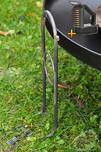 BTV Outdoor Feuerschale + Zubehör - Stabile PREMIUM-Feuerschale mit Design-Füßen, XL ca. 60 cm KOMPLETT mit Reiniger und Besteck! Grill Garten Feuerstelle | Garten > Grill und Zubehör > Feürstellen | Stahl | BTV