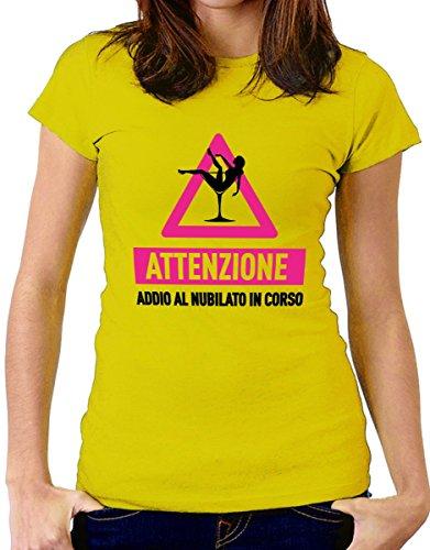 t-shirt humor Addio al nubilato - Attenzione, addio al nubilato in corso - by tshirteria giallo