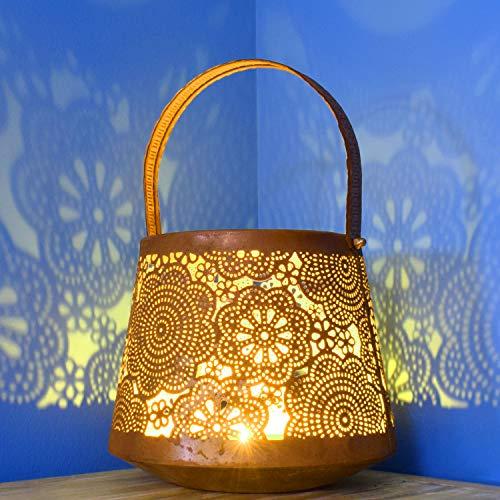 Orientalische rostige Laterne Windlicht Alimchan 20cm groß | Marokkanische Rost Gartenlaterne für draußen Innen als Tischlaterne | Marokkanisches Gartenwindlicht hängend oder zum hinstellen