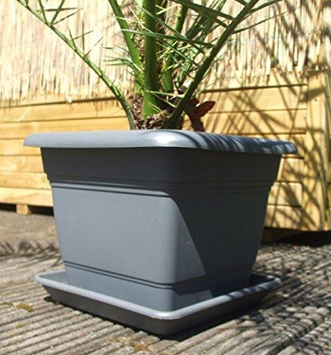 Pflanztopf mit Erd-Bewässerungs-System,